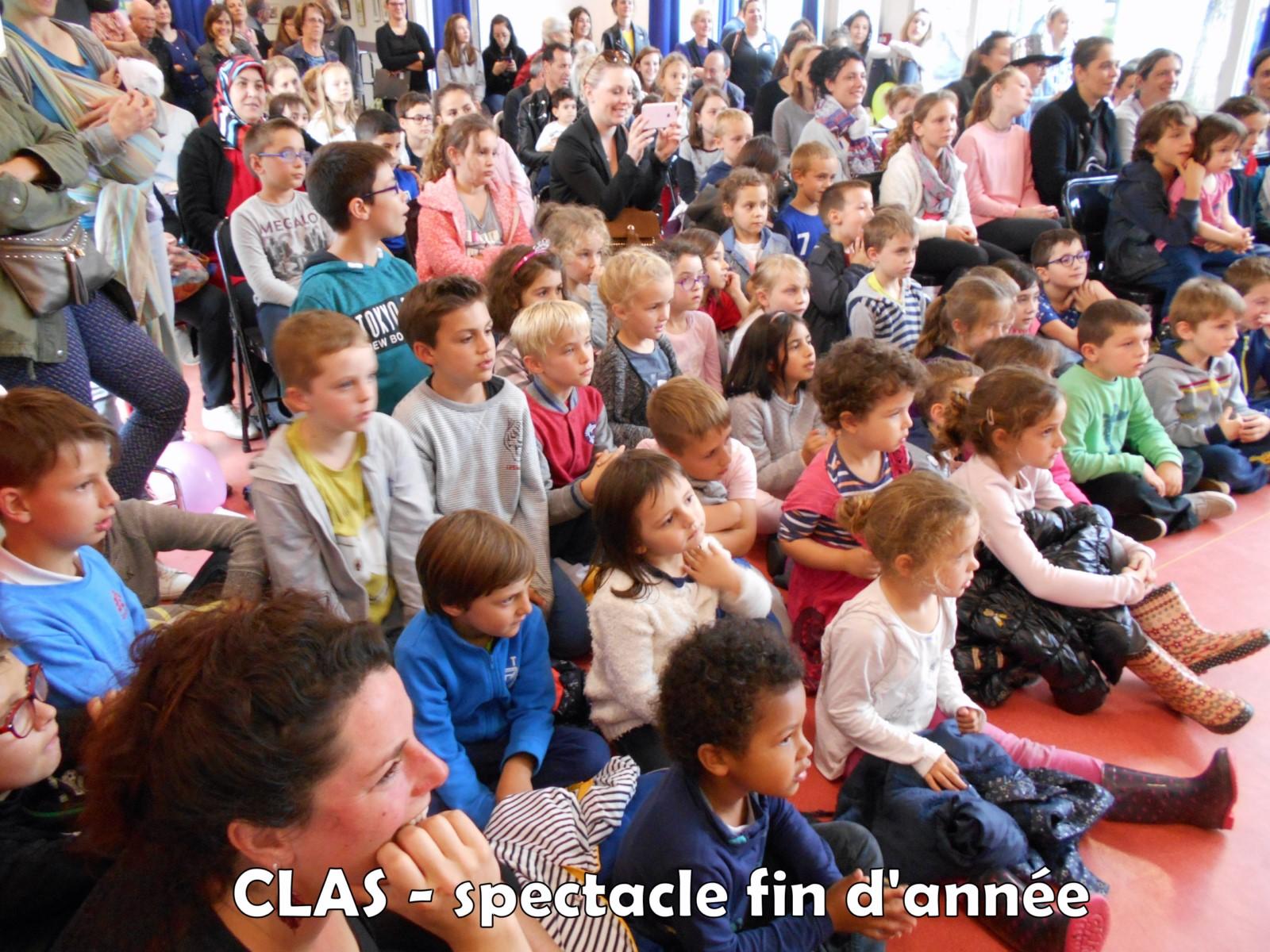76Spectacle fin d'année des CLAS