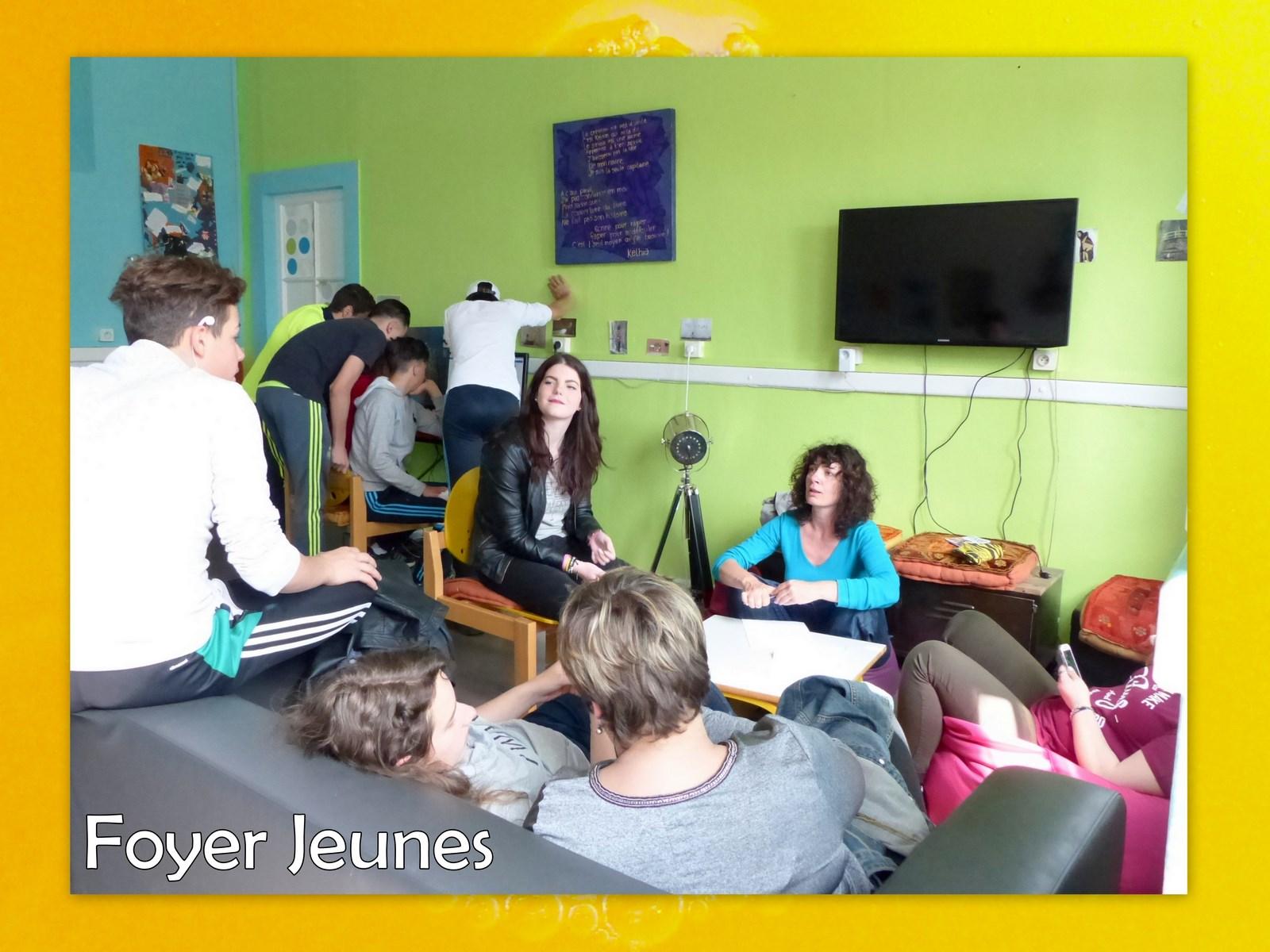 Foyers Jeunes1 (1)
