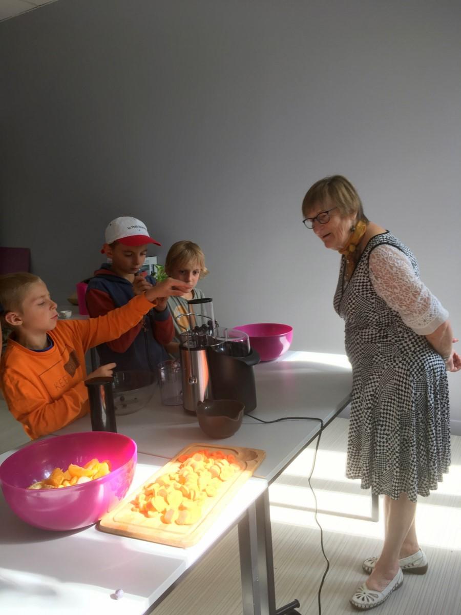 1-1)Atelier jus de fruits