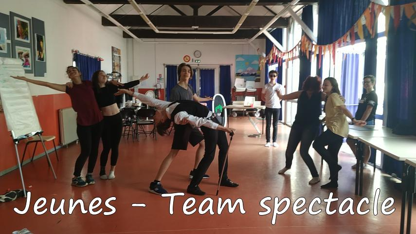 Team-Spectacle-3