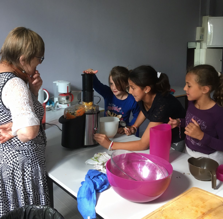 1-4)Atelier jus de fruits